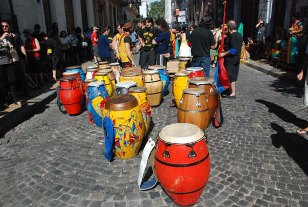 1.- Latin für Drummies – Candombe